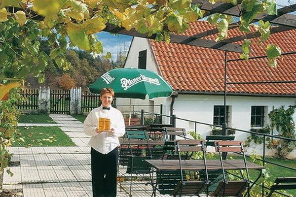 Jižní Čechy - penziony - Penzion u Bechyně - venkovní posezení